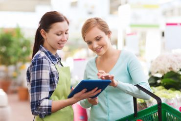 Clienteling : une relation client personnalisée avec le CRM accessible en magasin